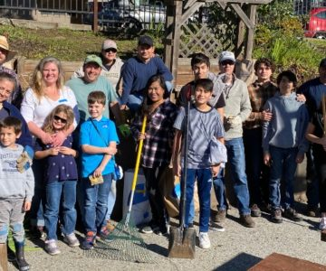 Garden & Schoolyard: Family Volunteer Service Day